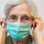 Andalucía repartirá mascarillas gratuitas a los mayores de 65 años