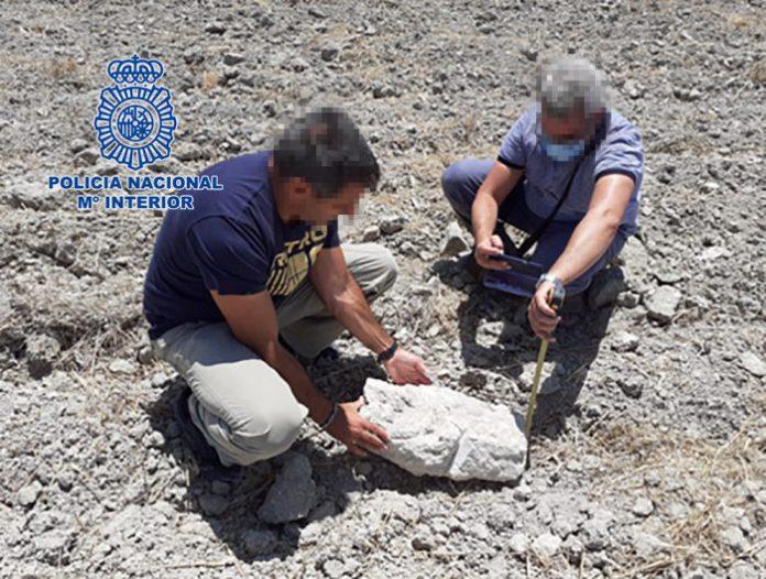 La Policía Nacional recupera en Cádiz piezas arqueológicas de origen tartésico fenicio
