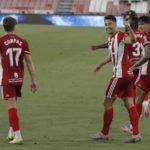 El Almería logra un triunfo en casa frente al Sporting de Gijón