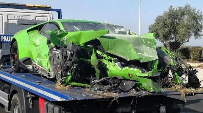 Imputan conducción temeraria a los ocupantes del vehículo empotrado en Huelva