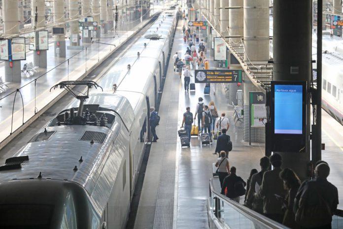 Renfe incorpora un AVE más por sentido diario entre Madrid y Sevilla desde el próximo lunes