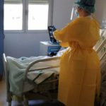 Granada mejora la comunicación entre pacientes de Covid y sus familiares