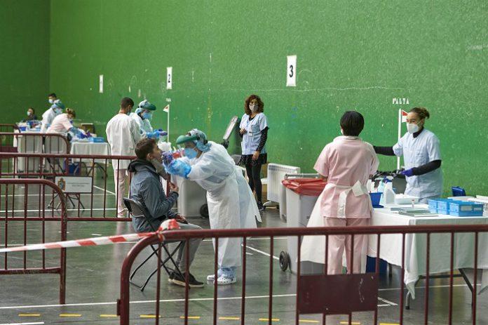 La tasa de test diagnósticos se incrementa en Andalucía hasta los 164,87