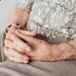 Andalucía permitirá las salidas de residencias de mayores por Navidad