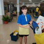 Una niña granadina gana el tercer premio de un concurso de Correos