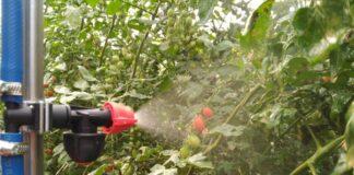 Almería crea un robot para pulverizar fitosanitarios en invernaderos