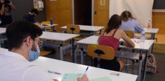 Estudiantes se examinan de la antigua Selectividad de septiembre en la Universidad de Sevilla. / Foto: Archivo / Universidad de Sevilla. / Europa Press.