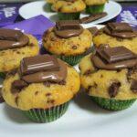 Cómo hacer unos muffins caseros rellenos de chocolate Milka