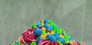 Cómo preparar un delicioso y colorido cupcake gigante