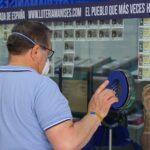 El primer premio de la Lotería cae en municipios de Granada y Huelva