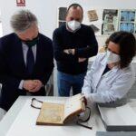 Restauran dos obras del siglo XVI del Archivo de Baeza