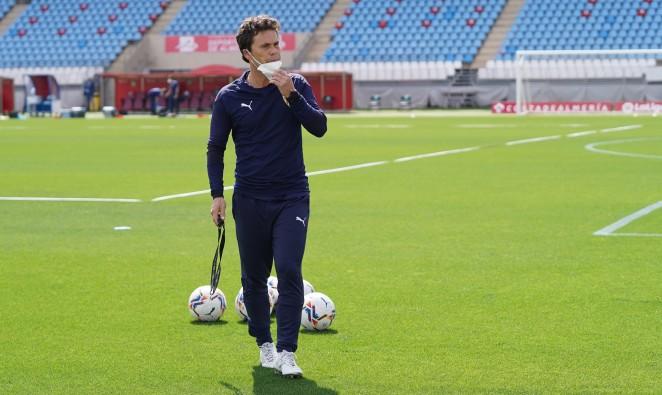 El UD Almería estrena entrenador con la nueva incorporación de Rubi