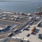 Investigan una mancha de aceite en la zona del Muelle Sur de Huelva