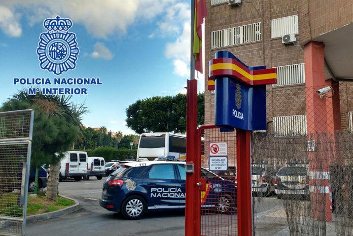 Arrestan a dos personas vinculadas con un tiroteo en un barrio de Almería