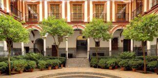 El Hospital de los Venerables recupera este viernes las visitas turísticas