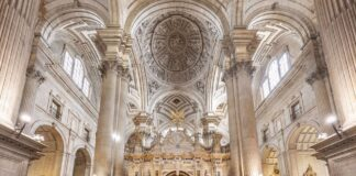 Reabren la catedrales de Jaén y Baeza tras meses cerradas a visitantes