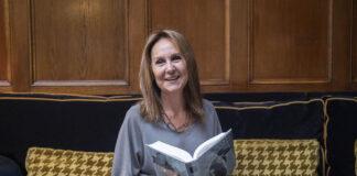 María Dueñas presenta en Málaga su nueva novela 'Sira'