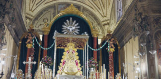 Novena en honor a la Virgen del Rocío a puertas abiertas y en directo