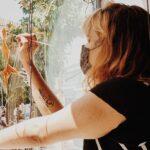 Córdoba muestra su Orgullo con mucho arte en escaparates de establecimientos