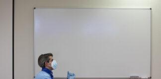 1.043 personas superan el covid en las últimas 24 horas en Andalucía