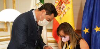 Blanca Betanzos exhibe en San Telmo sus 4 medallas del Mundial de Atletismo