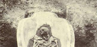 Descubren nuevos datos sobre los sarcófagos fenicios de Cádiz