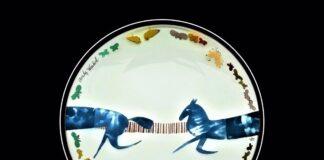 El Museo de Nerja exhibe obras de vidrio de Warhol y Dalí