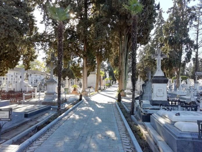 Abierto plazo para cubrir seis plazas en los cementerios de Córdoba