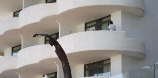 El confinamiento de estudiantes en el hotel covid de Mallorca será investigado