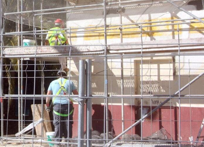 Seis provincias andaluzas reciben ayudas para rehabilitar 145 bloques de pisos