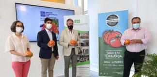 Coín dedica su Mercado Gastronómico al tomate Huevo Toro