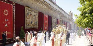 Córdoba podría recuperar los cultos en vía pública en los próximos días