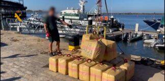 Intervienen 31 fardos de hachís en una embarcación pesquera en Punta Umbría