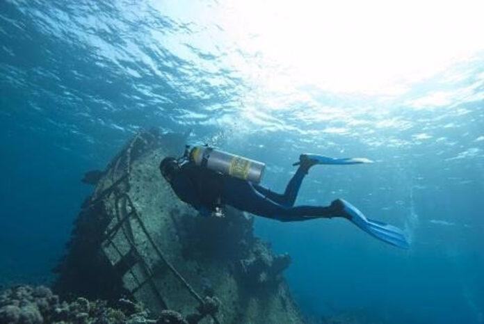 Expertos abordan retos del turismo espacial y subacuático en la Costa del Sol