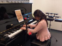 Los niños que practican la improvisación musical son más creativos