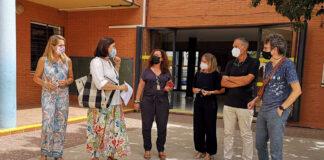 Reforman un colegio de Sevilla para adaptarlo a un niño con discapacidad visual
