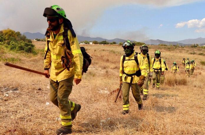 El Infoca da por controlado el incendio forestal en Sierra Bermeja
