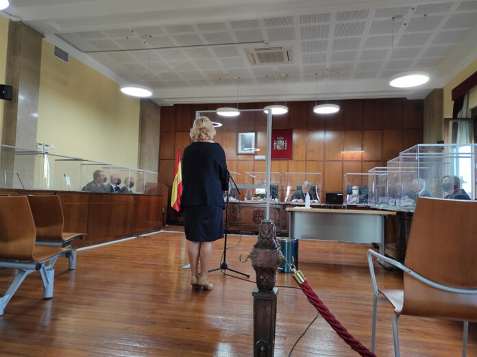 Dos años de cárcel y multa de 300.000 euros a una farmacéutica que inflaba recetas